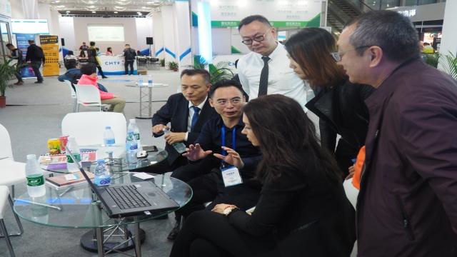 Senica na konferencii v Číne