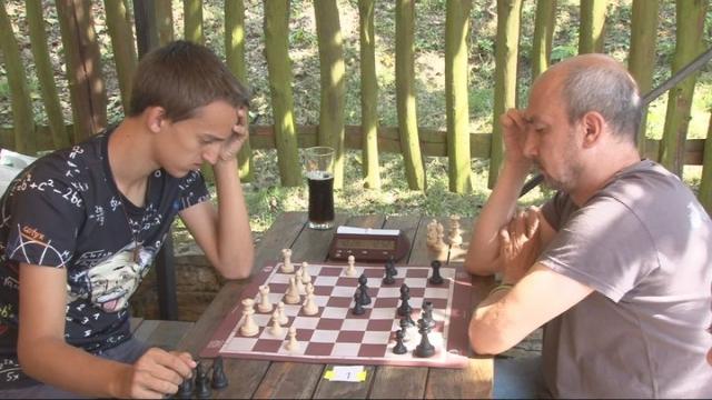 Šachová tour