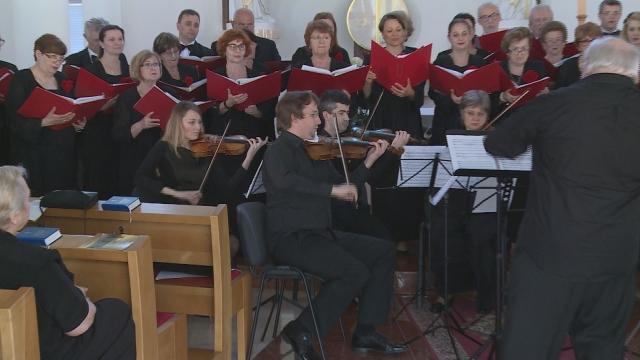 Koncert Cantileny a sláčikového orchestra