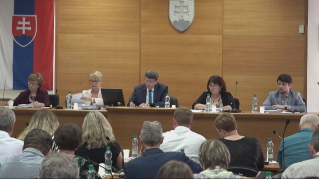 Poslanci schválili Záverečný účet mesta