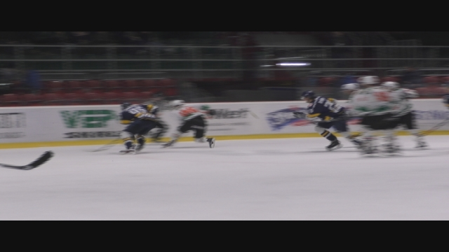 Hokejisti si upevnili prvú priečku