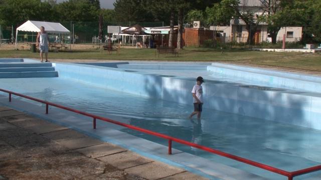 Deti sa už môžu čľapkať v bazénoch